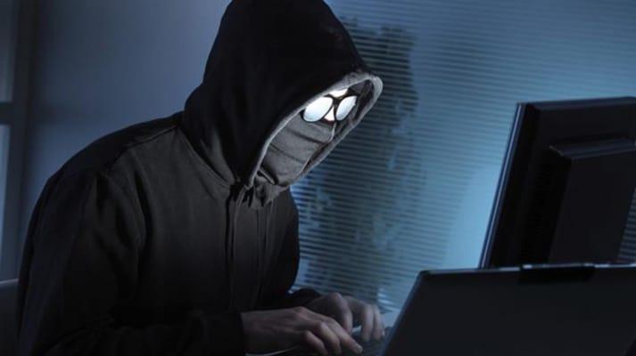 Instrumentos de espionaje, usados para controlar a críticos y disidentes:  experto   IBERO